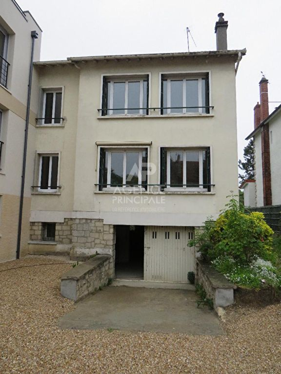 Achat vente maison saint germain en laye maison a for Location maison saint germain en laye