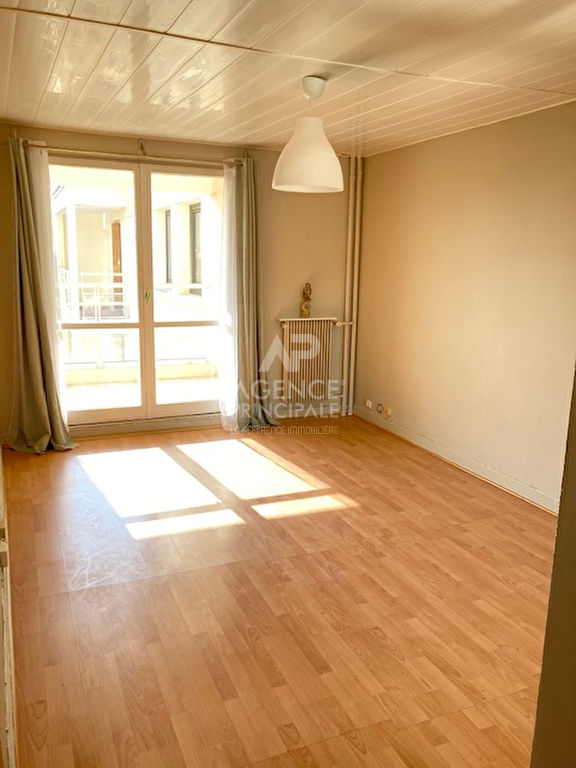 Appartement Saint Germain En Laye beau studio de 27m²